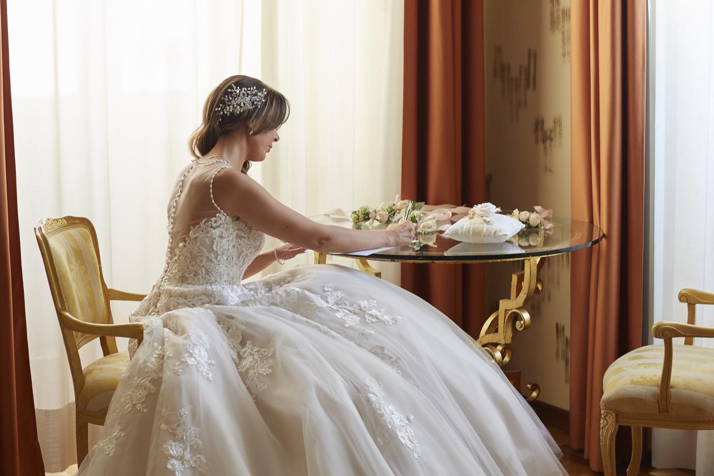 Claudio-Coppola-wedding-photographer-la-scuderia-eventi-preparativi-la-rosetta-perugia-33