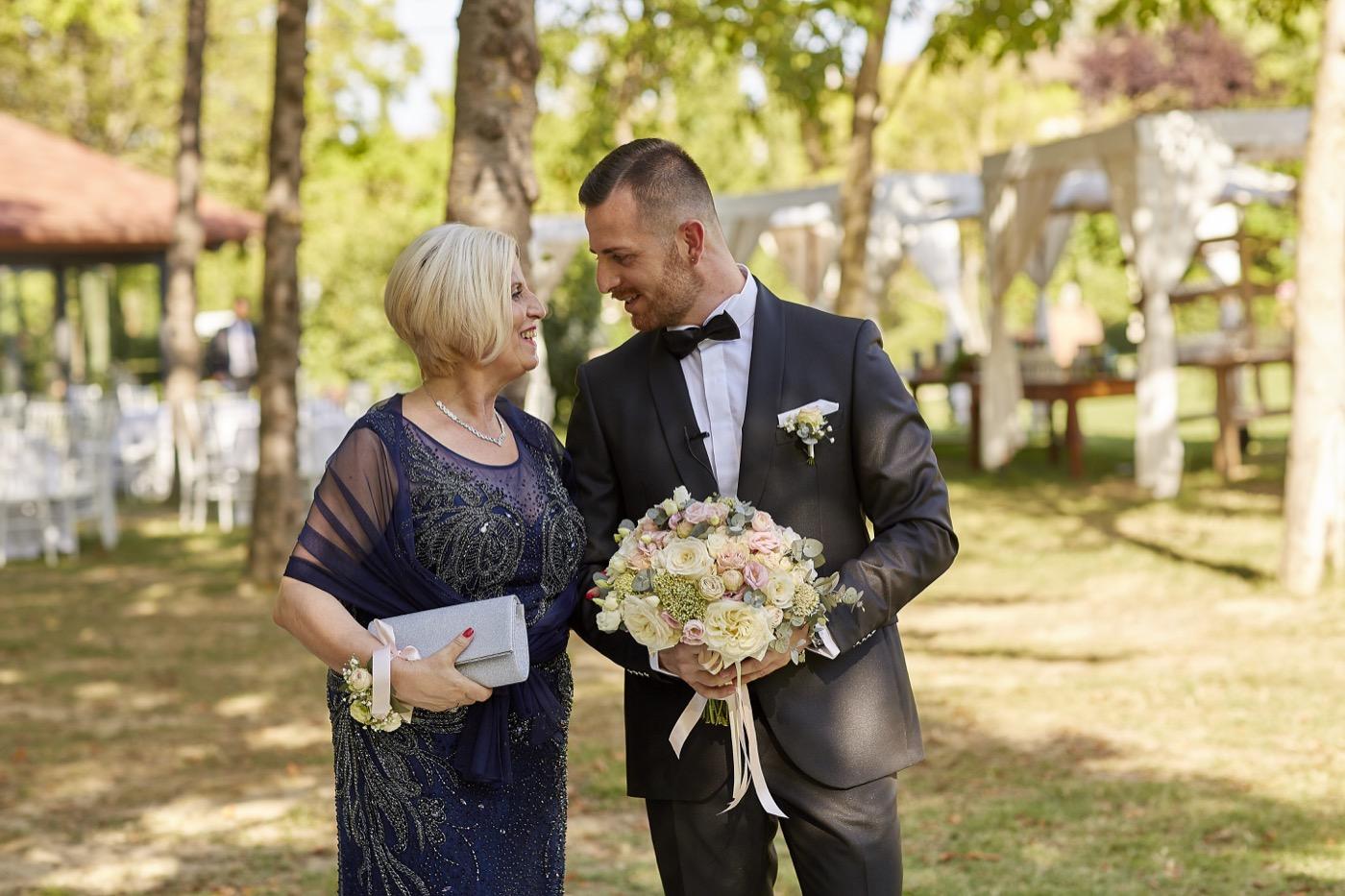 Claudio-Coppola-wedding-photographer-la-scuderia-eventi-preparativi-la-rosetta-perugia-41
