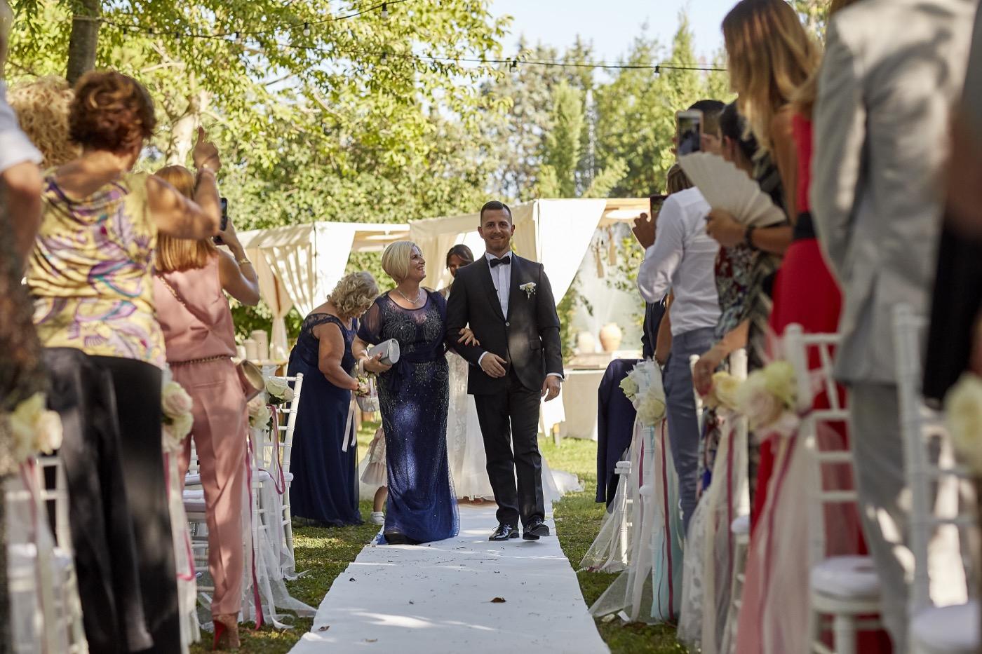 Claudio-Coppola-wedding-photographer-la-scuderia-eventi-preparativi-la-rosetta-perugia-45