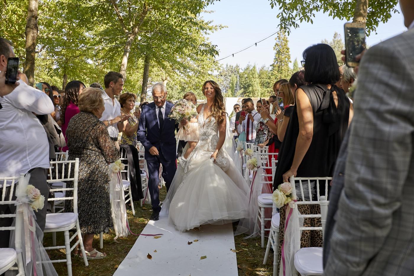 Claudio-Coppola-wedding-photographer-la-scuderia-eventi-preparativi-la-rosetta-perugia-47