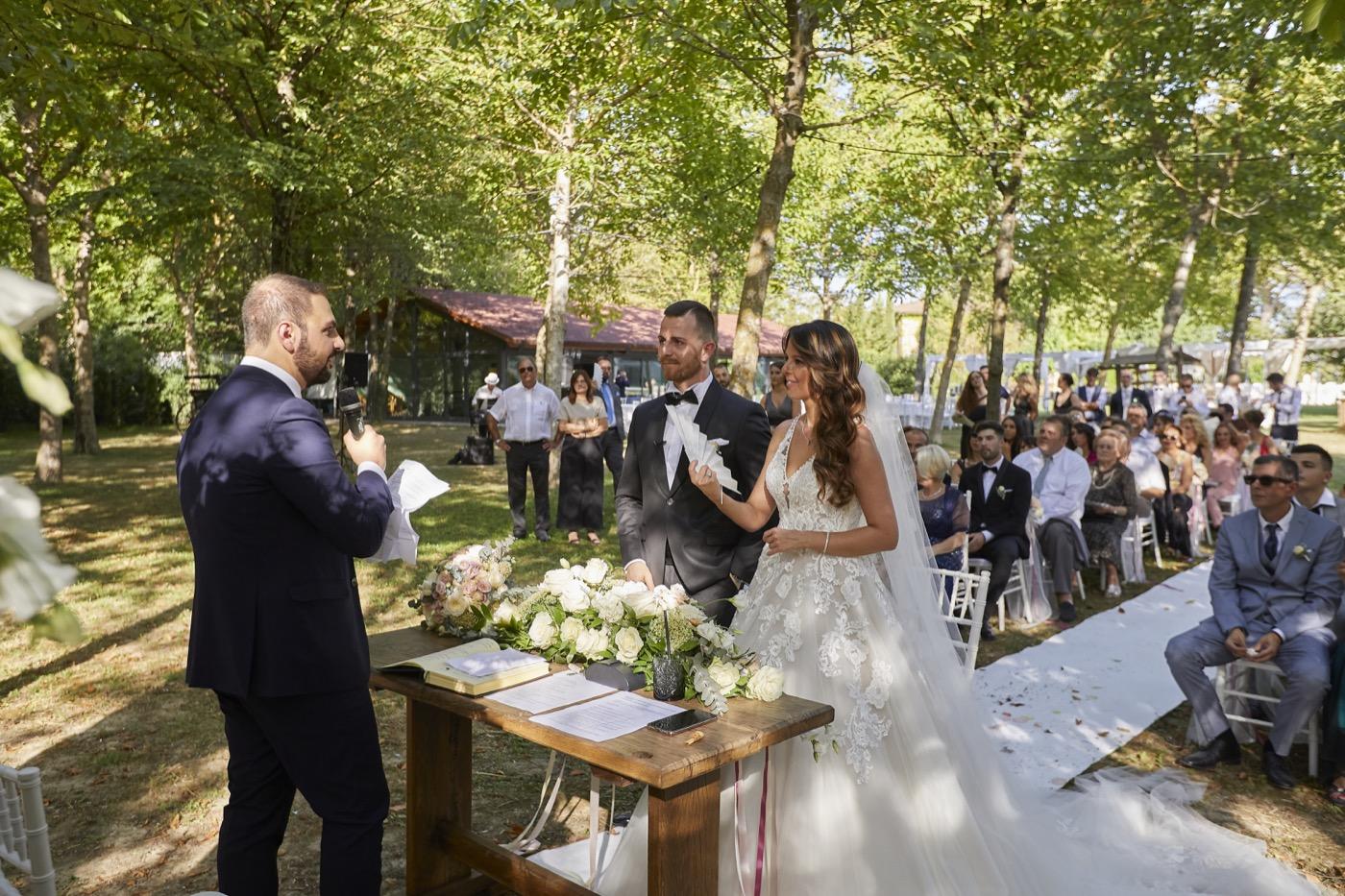 Claudio-Coppola-wedding-photographer-la-scuderia-eventi-preparativi-la-rosetta-perugia-53