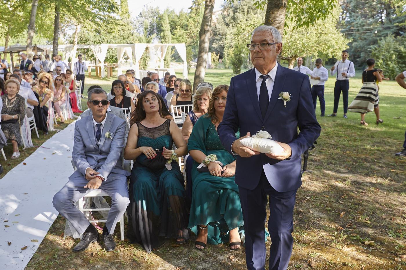 Claudio-Coppola-wedding-photographer-la-scuderia-eventi-preparativi-la-rosetta-perugia-55