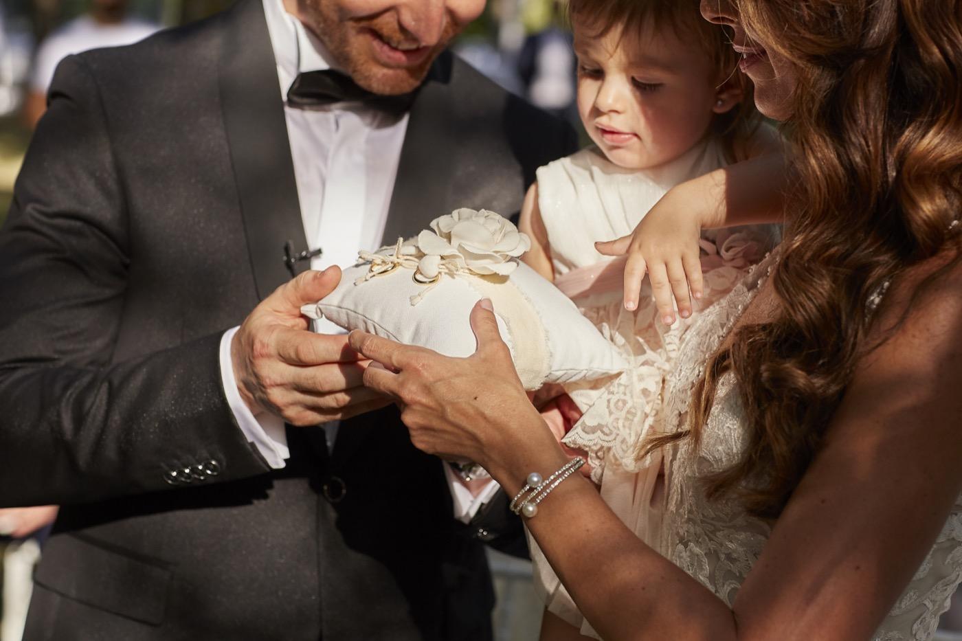 Claudio-Coppola-wedding-photographer-la-scuderia-eventi-preparativi-la-rosetta-perugia-56