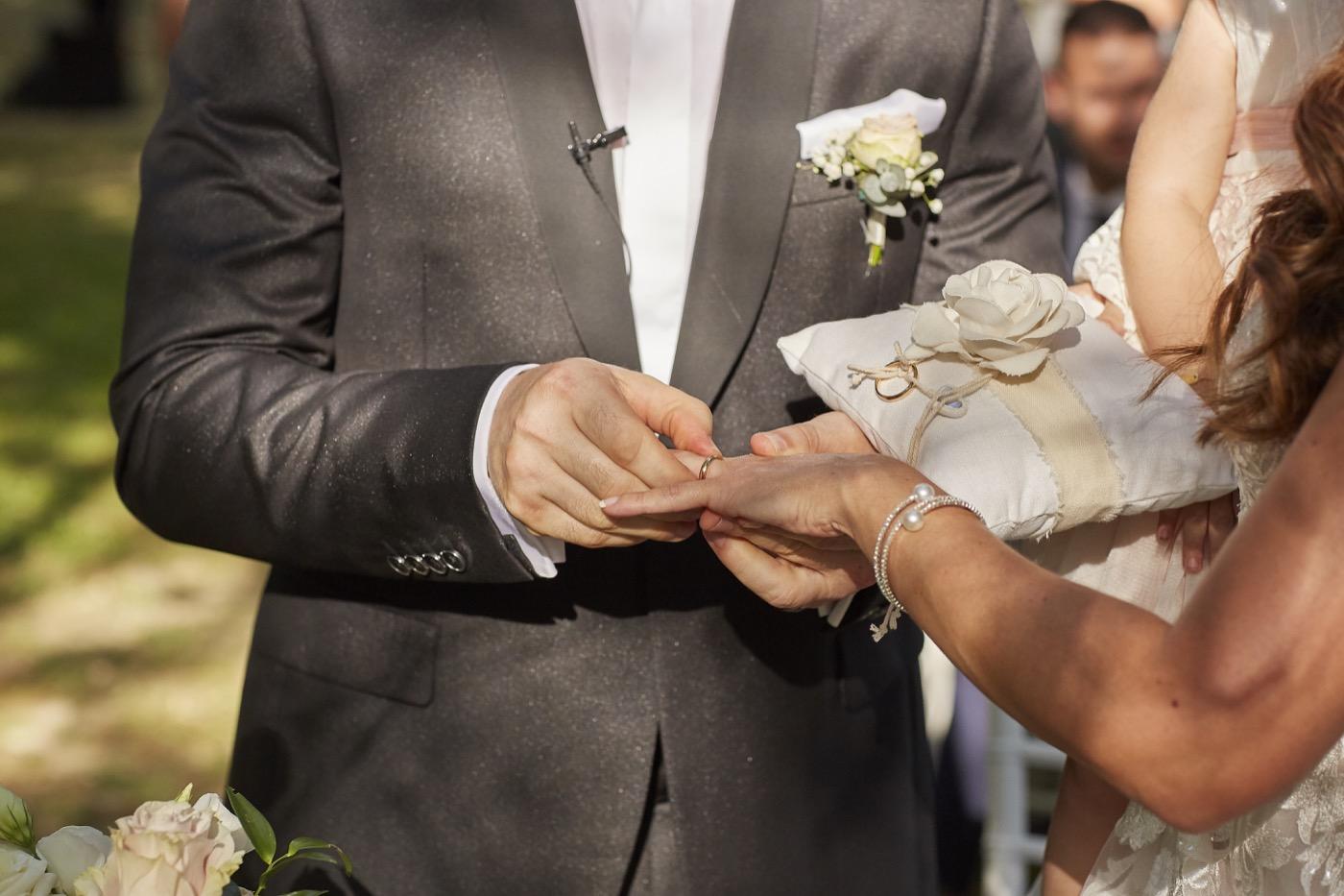 Claudio-Coppola-wedding-photographer-la-scuderia-eventi-preparativi-la-rosetta-perugia-57