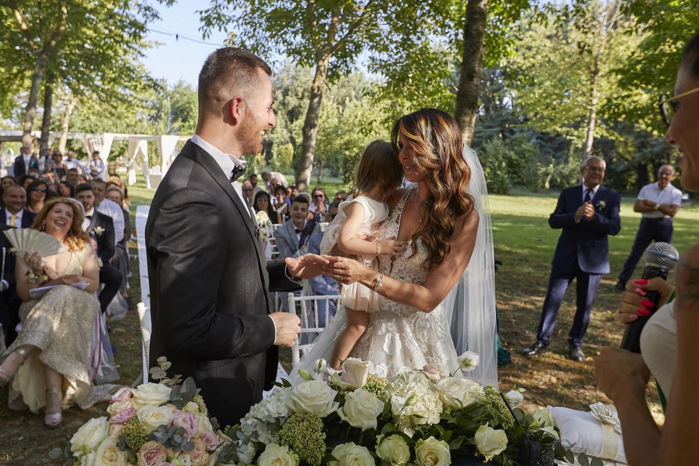 Claudio-Coppola-wedding-photographer-la-scuderia-eventi-preparativi-la-rosetta-perugia-59