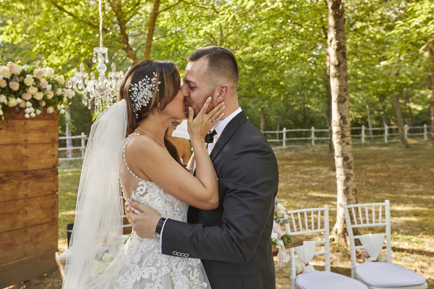 Claudio-Coppola-wedding-photographer-la-scuderia-eventi-preparativi-la-rosetta-perugia-61