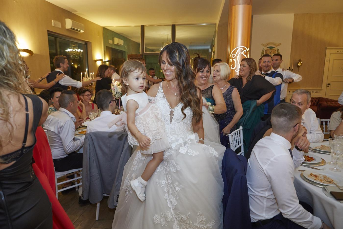 Claudio-Coppola-wedding-photographer-la-scuderia-eventi-preparativi-la-rosetta-perugia-85