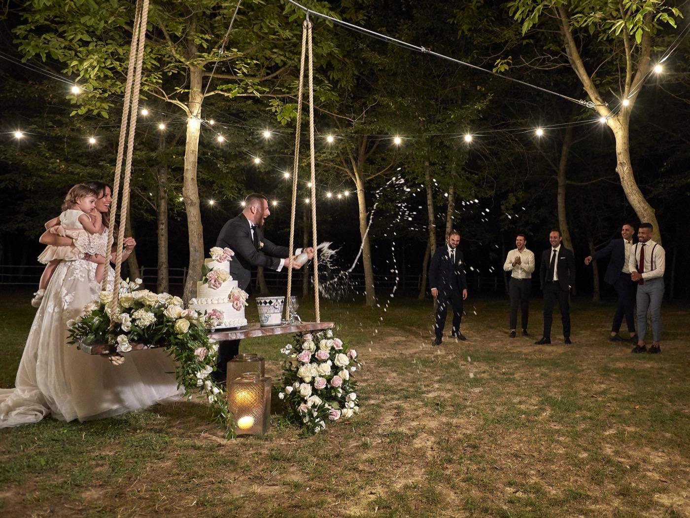 Claudio-Coppola-wedding-photographer-la-scuderia-eventi-preparativi-la-rosetta-perugia-91